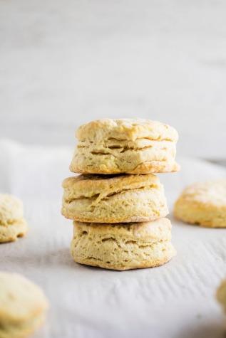 vegan-biscuit